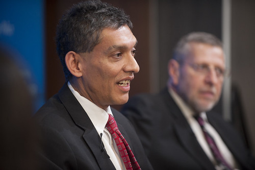 Brookings experts Eswar Prasad and David Dollar discuss China's economy.