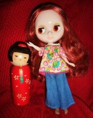 Kokeshi (17/30--Blythe with other Dolls) (Bebopgirl1969) Tags: doll blythe kokeshi prairieposies