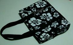 Bolsa Floral P&B (D'Sapo) Tags: bw flower floral bag notebook pb stamp bolsa tote carrier totebag ecobag sacola maxibag