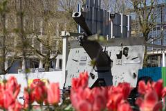 Jacob Groenewoudplantsoen Arnhem 1 (Tom van der Heijden) Tags: arnhem marketgarden tweedewereldoorlog johnfrostbrug eenbrugtever slagomarnhem jacobgroenewoudplantsoen monumentslagomarnhem jacobgroenewoud
