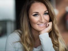 Happy (carlhenriksvensson78) Tags: woman canon happy 85mm
