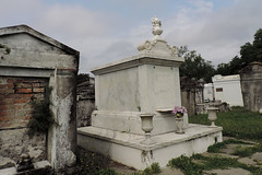 New Orleans - White Marble (Drriss & Marrionn) Tags: usa cemetery grave graveyard concrete outdoor neworleans headstone tomb graves funeral mausoleum granite sarcophagus burial marble tombs lafayettecemetery deceased gravefield vaults crypts neworleansla