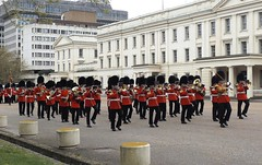 band of the scots guards /22/04/2016/ (philipbisset275) Tags: unitedkingdom centrallondon cityofwestminster wellingtonbarracks englandgreatbritain bandofthescotsguards 22042016