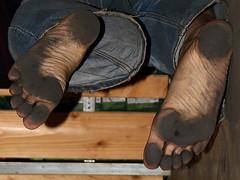 dirty party feet 553 (dirtyfeet6811) Tags: feet barefoot soles dirtyfeet partyfeet dirtysoles blacksoles