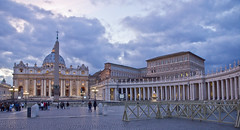 Dmmerung / Dusk # 4 (schreibtnix) Tags: italien italy rome travelling reisen cathedral dusk kathedrale dmmerung rom stpeter petersdom olympuse5 schreibtnix