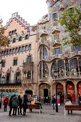 Casa Batllo in Barcelona (senniam2) Tags: barcelona casa spain gaudi batllo