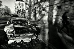 #59mars  la porsche, l'amour, la jeunesse...  #Nantes #manif28avril (ValK.) Tags: nantes 59mars manif28avril