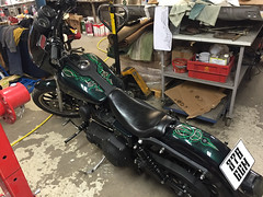 Pinstriping - Motorcycle (Marius Mellebye / 276ccm) Tags: chopper harley harleydavidson motorcycle oldskool pinstripe kustom pinstriping bobber 1shot kustomkulture oneshotpaint