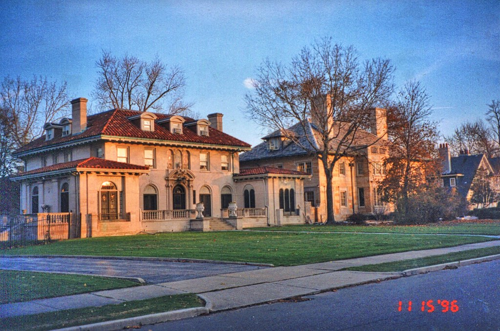 The world 39 s best photos of detroit and mansion flickr for Detroit house music