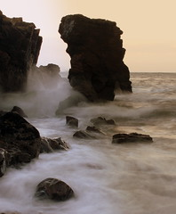 Sea Stack at Balnagask, Aberdeen (PeskyMesky) Tags: longexposure mist rock canon scotland outdoor aberdeen northsea seastack balnagask northeastscotland canoneos500d greyhopebay