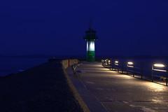 Mole (stephanarp339) Tags: lighthouse night pier harbour balticsea mole hafen ostsee leuchtturm januar travemnde ostseekste