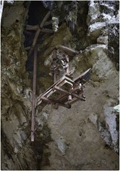 Londa, Toraja. (tom.frohnhofer) Tags: indonesia dead skulls death bones burial cave skeletons coffin sulawesi londa toraja effigies toraya