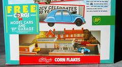 Kellogg's Corn Flakes Promotion Pack Motoring Marvels Of The Sixties Four Corgi Toys Die-Cast Models And Paper Models Of Shops And BP Filling Station 1990s - 3 Of 66 (Kelvin64) Tags: station promotion paper toys four corgi corn models pack shops and bp flakes kelloggs sixties 1990s filling diecast the motoring marvels of