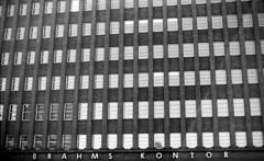 Varicath III (Max Miedinger) Tags: blackandwhite film monochrome analog blackwhite nikon iii hamburg bn iso epson sw f3 20 rodinal developed biancoenero amburgo xtol rated pellicola v700 rullino fluoroscopy varicath xtrodinal