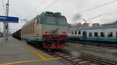 e633-203 (andrewcabassa) Tags: merci sony transito stazione tigre carri fs trenitalia fotocamera elettrica ferroviedellostato savona locomotore e652 xmpr livrea dsch400