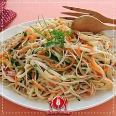 Salada de Linguini com Kani-Kama e Palmito (Almanaque Culinrio) Tags: food recipe comida gastronomia culinria receita