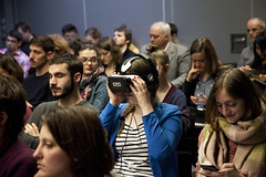 """Le public connecté des Assises - Reportage 360° et journalisme en réalité virtuelle • <a style=""""font-size:0.8em;"""" href=""""http://www.flickr.com/photos/139959907@N02/25626189036/"""" target=""""_blank"""">View on Flickr</a>"""
