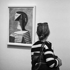 Busto di uomo con maglia a righe (Corrado Sacchi) Tags: mostra donna kandinsky pablo uomo picasso firenze borsa righe busto occhiali maglia pollok