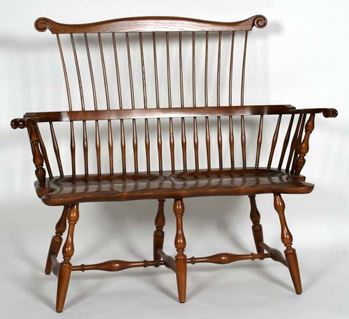 Fine Virginia Craftsman Windsor Comb Back Settee - $495.00