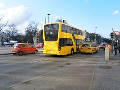 BVG - VDL 3093-2 (Berliner Busse) Tags: bus berlin buses germany busse mb doubledecker bvg doppeldecker zehlendorf vdl gelenkbus farbgebung lowfloor articulatedbus singledecker niederflur lowfloorbus berlinzehlendorf eindecker niederflurwagen mbcitaro bvgbusse mbcitarogelenkbus mbgelenkbus