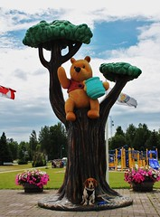 Murphy meets Pooh (Mike Beange) Tags: dog ontario beagle whiteriver basset poohbear bassethound bagle whinnie whinniethepooh baglehound