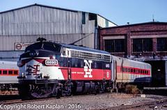 212, New Haven, CT, 10-1992 (Rkap10) Tags: railroad other connecticut places pregnant albums locomotives funit shorelineeast ahlie railroadslidescans
