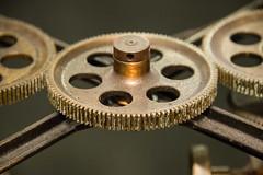 Anglų lietuvių žodynas. Žodis analog machine reiškia analoginė mašina lietuviškai.