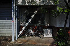 20160502_DP0Q2457 (NAMARA EXPRESS) Tags: street house color bicycle japan stair outdoor fine sigma vehicle osaka foveon quattro toyonaka dp0 namaraexp