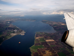 The Cromarty firth (ccgd) Tags: black scotland highlands oil cromarty isle sutor intheair rigs firth loganair flybe