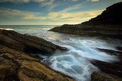 Churning Water (Paul Hollins) Tags: ocean seascape rocks australia newsouthwales aus sealrocks watermovement nikon1635mmf4 nikond750