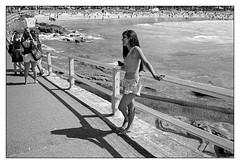 last days of summer  #840 (lynnb's snaps) Tags: 2016 apx100 agfa leicaiiic manly rodinal bw beach film people street blackandwhite blackwhite bianconero noiretblanc monochrome schwarzweis biancoenero 黒と白 bianconegro leica analogue analog lynnburdekinphotography 35mmfilm cv35mmf25colorskopar cv35mmf25colorskoparltm voigtlandercolorskopar35mmf25ltm summer ©copyrightlynnburdekinallrightsreserved rangefinder barnack