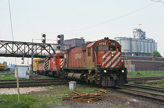CP0015 (ex127so) Tags: toronto west cp 1980 on m636