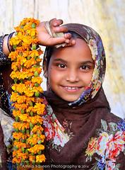 Untitled 88 (Amna Yaseen) Tags: pakistan flower garland littlegirl lahore seller 2016