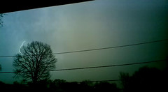 vlcsnap-2016-04-15-20h26m35s207 (figlio di un nocellese) Tags: trees sky clouds video powerlines thunderstorm lightning capture rayo vlc lampo folgore fulmine foudre fulger nokia808pureview