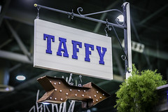 Taffy - Houston Livestock Show and Rodeo (Mabry Campbell) Tags: usa sign photography march photo texas photographer unitedstates image tx unitedstatesofamerica houston 85mm photograph arrow taffy fineartphotography 640 architecturalphotography businesssign 2015 commercialphotography f32 ef85mmf18usm houstonlivestockshowrodeo architecturephotography sihn fineartphotographer sec mabrycampbell march152015 20150315h6a4332