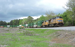 UP 5436 & UP 4813 lead NS Train 22Z in Temple, GA (RedneckRailfan610) Tags: up ns ge emd intermodal sd70m c45accte