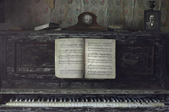 speechless (andre govia.) Tags: old music house abandoned clock vintage dead photography book closed photos decay cottage piano books haunted urbanexploration ghosts derelict decayed decaying ue speechless urbex decayedbuildings urbanexplorers urbexabandoned andregovia