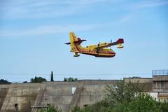 Barrage de Vallabrgues (Gard) (bernarddelefosse) Tags: france barrage languedoc avion gard vallabrgues