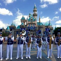 Disneyland Band (Lennox / Sissel) Tags: disneyland anaheim sleepingbeautycastle disneylandband