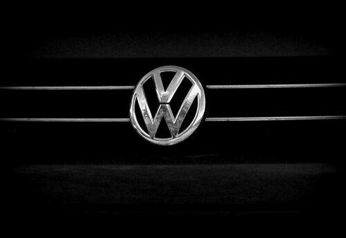 "VW Logo • <a style=""font-size:0.8em;"" href=""http://www.flickr.com/photos/137395438@N03/23879037810/"" target=""_blank"">View on Flickr</a>"
