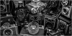 Through the lens (johnboy!) Tags: camera blackandwhite monochrome kodak brownie eastman oldcameras yashinon