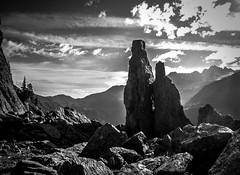 Un Matin sur l'Aiguillette (Frdric Fossard) Tags: montagne alpes lumire ombre ciel nuage paysage chamonix rocher contrejour clart hautesavoie argentire aiguillesrouges luminosit aiguillette