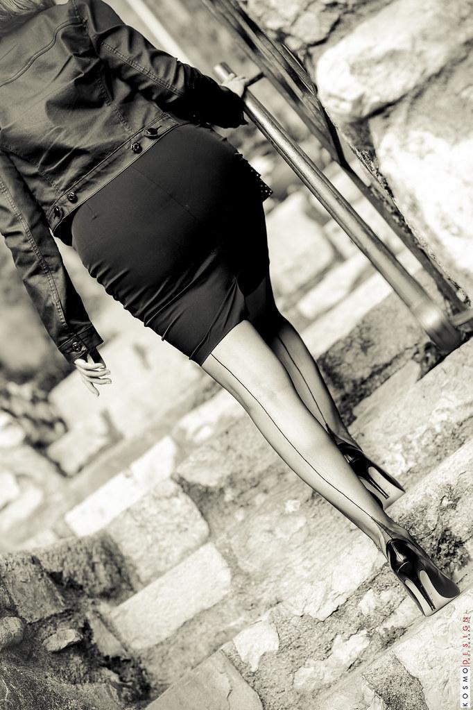 c4e54258a Miss Legs en Cervin (KosmoDesign) Tags  kosmodesign kosmo design stephane  perruchon bas couture