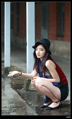 nEO_IMG_DP1U5587 (c0466art) Tags: light portrait white cold face rain female canon nose high nice eyes asia university pretty skin outdoor taiwan showgirl figure 1dx c0466art