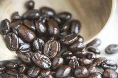 Coffee for MacroMonday's (Natalia Lewis) Tags: macro coffee closeup mms oily macromondas