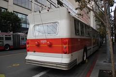 1976 Flyer E800 # 5300 (busdude) Tags: sf bus electric coach flyer san francisco trolley railway muni municipal trolleybus e800 trolleycoach sanfranciscomunicipalrailway