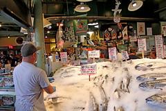 Flying Salmon: 4 (craigsanders429) Tags: seattle fish salmon pikeplace flyingfish pikeplacefishmarket seattlepikeplace