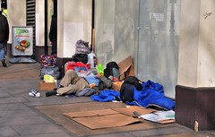 There Are More Sleeping Rough In London Than There Are Living Yoda Statues......And There Are A Million Living Statues !! (standhisround) Tags: people homeless trafalgarsquare immigrants charingcross tramps hopeless sleepingrough downandouts