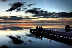 Uno de esos lugares que te hace soar... (carlosfm6) Tags: friends sky espaa lake valencia clouds contraluz landscape lago hdr laalbufera