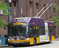 King County Metro 2015 New Flyer XT40 4354 (zargoman) Tags: seattle county travel bus electric king metro trolley transportation transit kiepe elektrik kingcountymetro newflyer lowfloor xcelsior